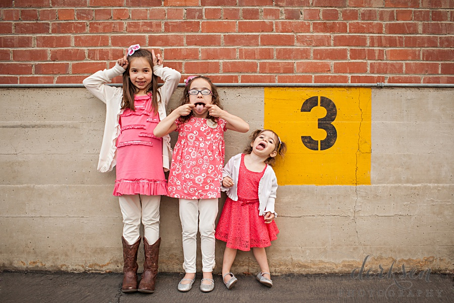 playful family photography poses
