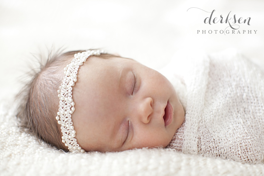 manual camera settings for photographing newborn babies